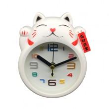 Relógio e despertador: gato da sorte